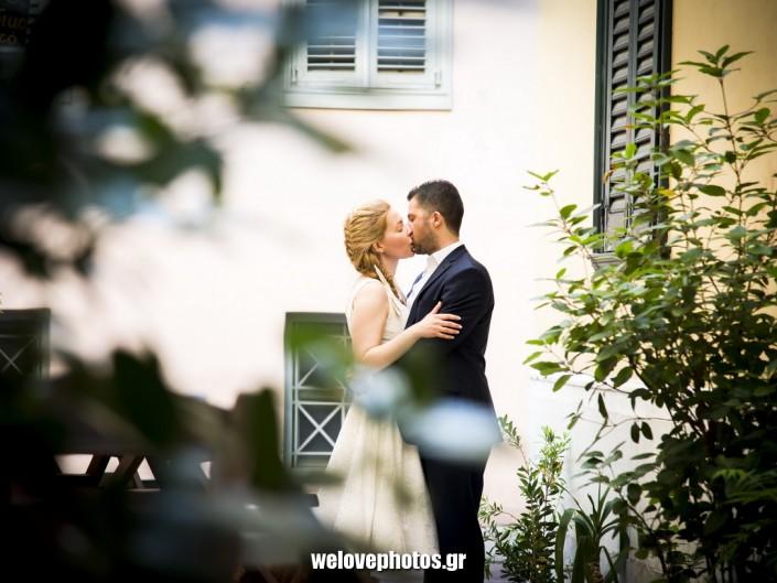 φωτογράφιση γάμου-επόμενης μέρας στην Πλάκα στην Αθήνα